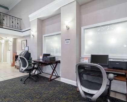 Business center   Quality Inn & Suites Williamsburg Central