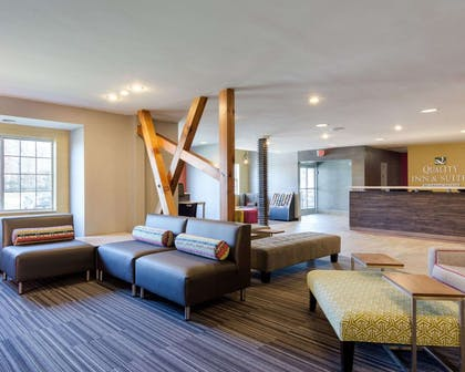 Spacious lobby with sitting area | Quality Inn & Suites Ashland near Kings Dominion