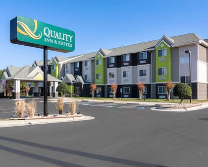 Hotel exterior | Quality Inn & Suites Ashland near Kings Dominion