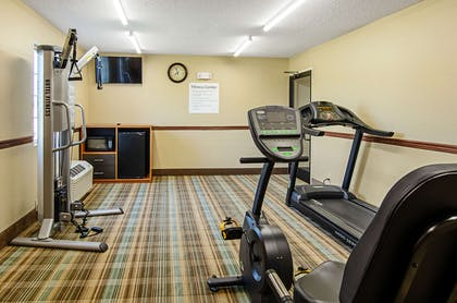 Fitness center | Quality Inn & Suites