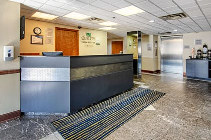 Front desk | Quality Inn & Suites