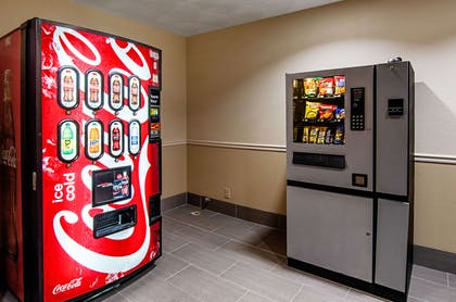 Hotel vending area | Quality Inn & Suites