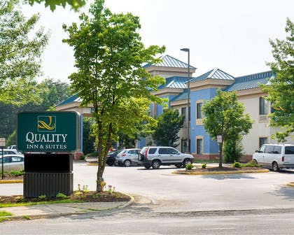 Quality Inn and Suites in Stafford, VA | Quality Inn and Suites