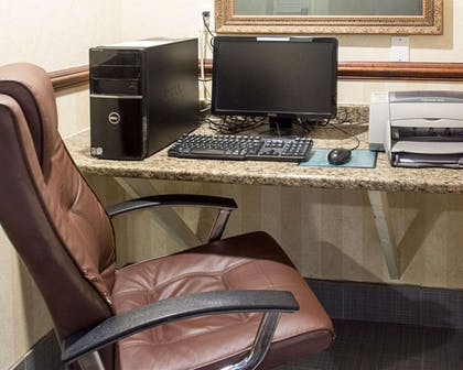Business center | Quality Inn and Suites