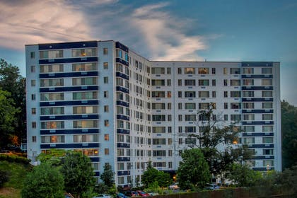 Hotel exterior | The Virginian Suites, an Ascend Hotel Collection Member
