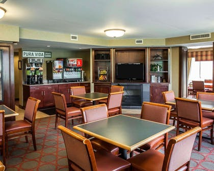 Spacious breakfast area | The Virginian Suites, an Ascend Hotel Collection Member