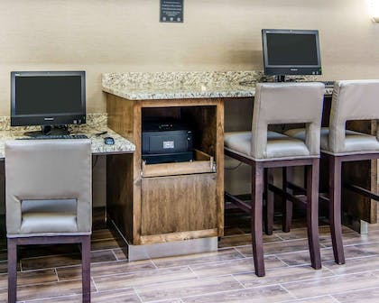Business center | Comfort Suites Fredericksburg South