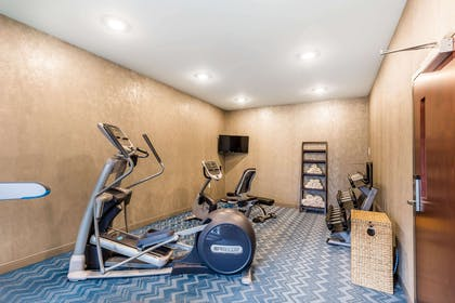 Fitness center | Marina Bay Hotel & Suites, an Ascend Hotel Collection Member