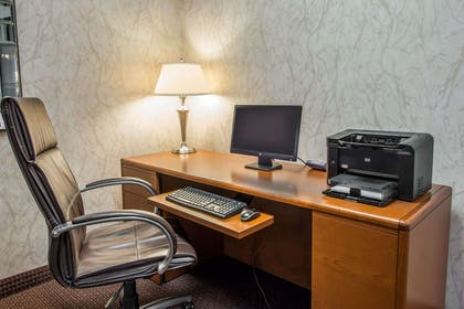 Business center | Quality Inn Conference Center