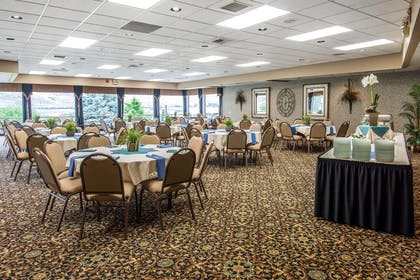 Banquet space for large functions | Quality Inn Conference Center