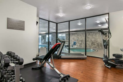 Fitness center | Comfort Suites