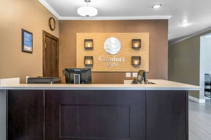 Front desk | Comfort Inn Lacey - Olympia