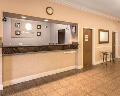Front desk | Comfort Inn Conference Center Tumwater - Olympia