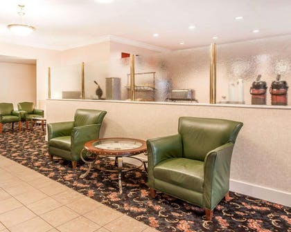 Lobby | Comfort Inn Conference Center Tumwater - Olympia