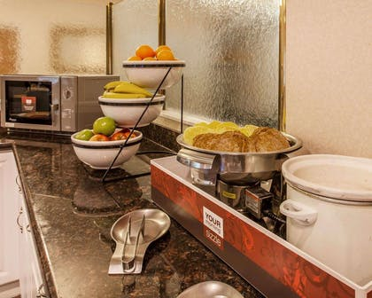 Free breakfast buffet | Comfort Inn Conference Center Tumwater - Olympia