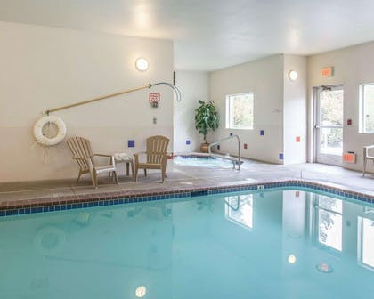 Indoor heated pool | Comfort Inn Conference Center Tumwater - Olympia