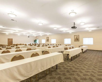 Meeting room | Comfort Inn Conference Center Tumwater - Olympia