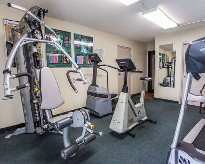 Fitness center | Quality Inn and Suites Everett