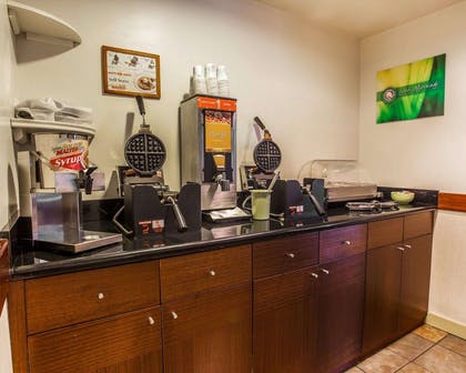 Breakfast counter | Quality Inn and Suites Everett