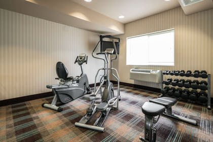 Exercise room | Quality Inn & Suites at Olympic National Park
