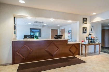 Front desk | Quality Inn & Suites at Olympic National Park