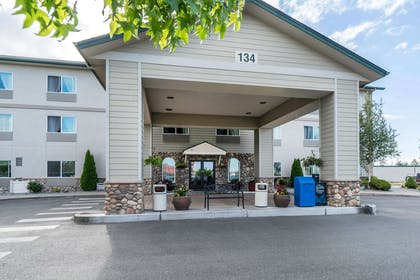Hotel near popular attractions | Quality Inn & Suites at Olympic National Park