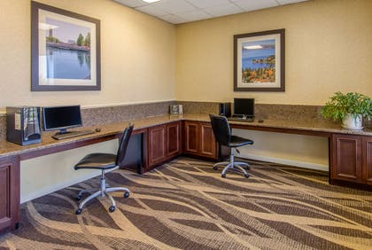 Business center | Quality Inn Downtown 4th Avenue