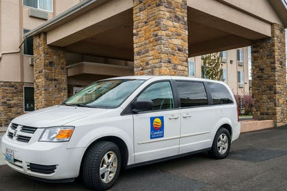 Hotel shuttle | Comfort Inn And Suites Walla Walla
