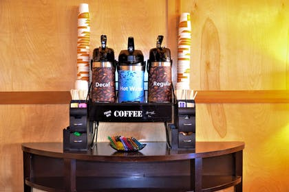 Enjoy coffee in the lobby   Comfort Inn & Suites Downtown Vancouver