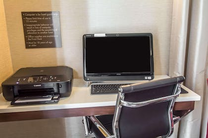 Business services available | Comfort Inn & Suites