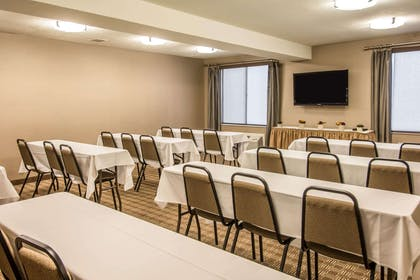 Meeting room with classroom-style setup | Comfort Inn & Suites