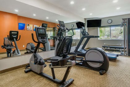 Fitness center | Comfort Inn & Suites Bothell - Seattle North