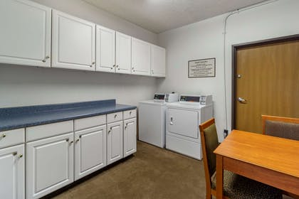 Guest laundry facilities | Comfort Inn & Suites Bothell - Seattle North
