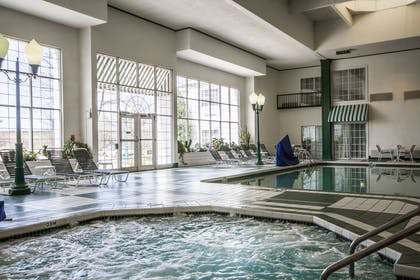 Indoor pool with hot tub | Comfort Suites Appleton Airport