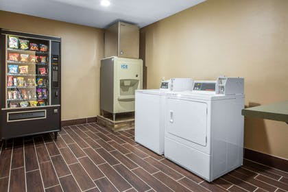 Guest laundry facilities | Comfort Suites Wisconsin Dells Area