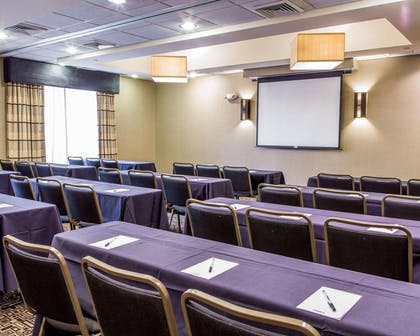 Large space for receptions, parties, anniversaries and business meetings | Cambria Hotel Appleton