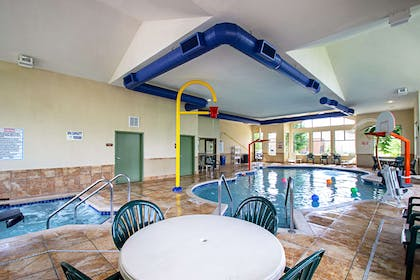 Indoor pool with hot tub | Sleep Inn And Suites Madison