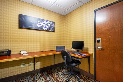 Business center | Sleep Inn And Suites Madison