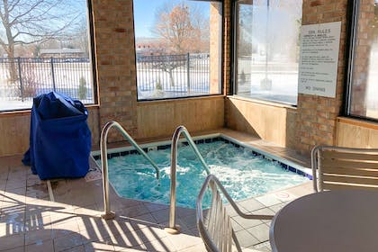Indoor pool with hot tub | Quality Inn & Suites Sun Prairie Madison East