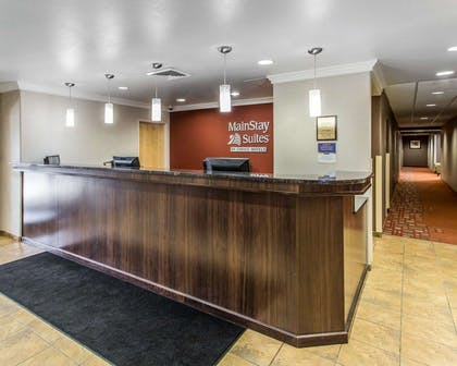 Front desk with friendly staff | Mainstay Suites Casper