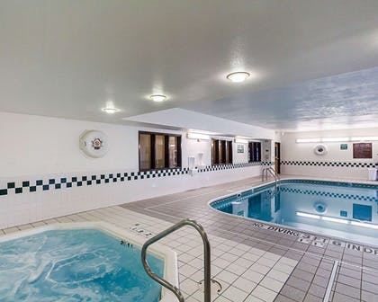 Indoor pool with hot tub | Comfort Inn East
