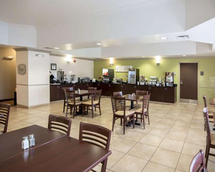 Spacious breakfast area | Sleep Inn And Suites Colby