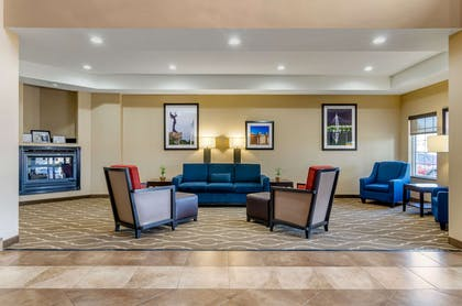 Hotel lobby   Comfort Inn And Suites