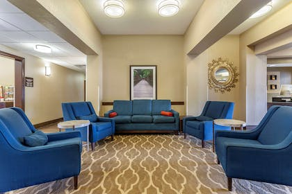 Lobby with sitting area   Comfort Inn And Suites
