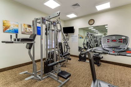 Fitness center   Comfort Inn And Suites