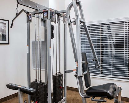 Exercise room | Sleep Inn & Suites Fort Campbell