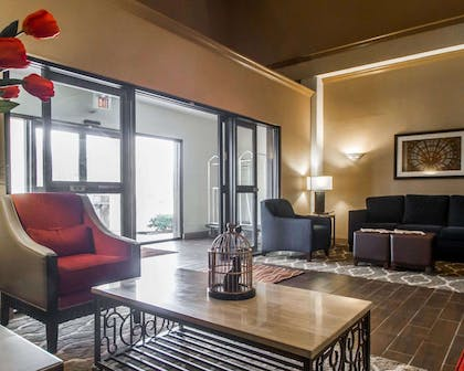Spacious lobby with sitting area | Comfort Inn Amite
