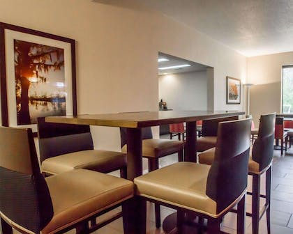 Enjoy breakfast in this seating area | Comfort Inn Amite