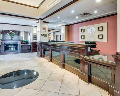 Front desk | Comfort Suites Shreveport
