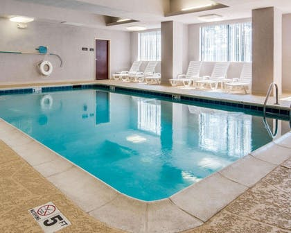 Indoor pool | Comfort Suites Shreveport